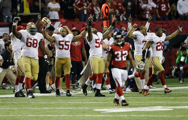 L'esultanza dei Niners per la vittoria su Atlanta