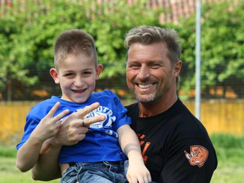 Max Bertolani con un giovane dell'Academy
