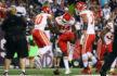 Demetrius Harris (TE #84) festeggia dopo il touchdown contro New England