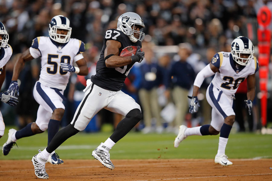 Jared Cook Raiders vs Rams