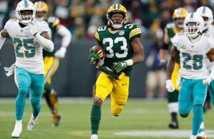 Aaron Jones Green Bay Packers vs Dolphins 2018