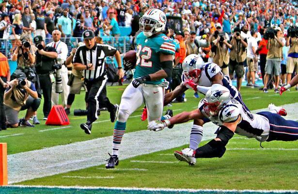 Kenyan Drake touchdown Dolphins vs Patriots 2018