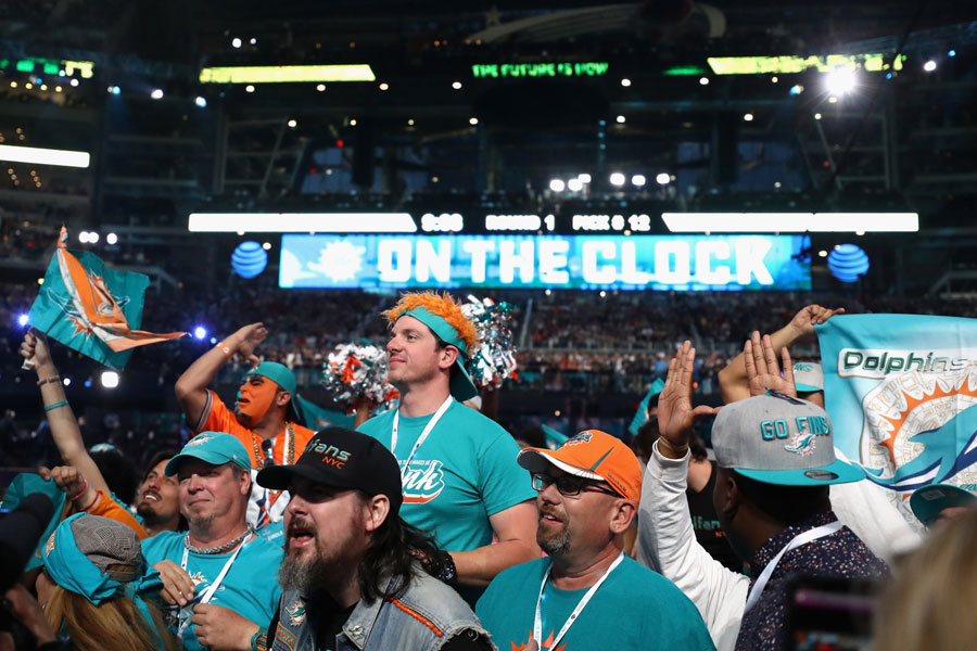 tailgate dolphins draft 2019