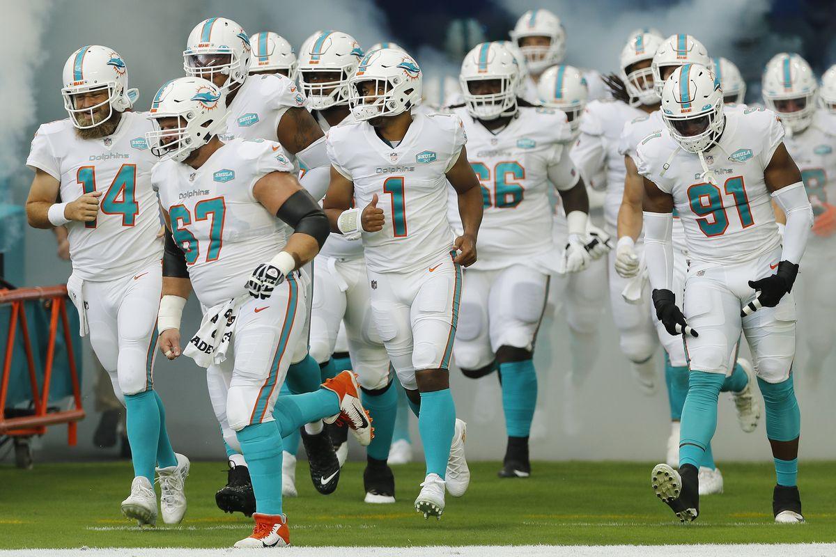 Miami Dolphins enter TIAA Stadium